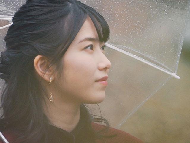 【会員無料】横山由依(AKB48)ちゃんロケ中オフショット/第55弾 ビスそっくりの招き猫